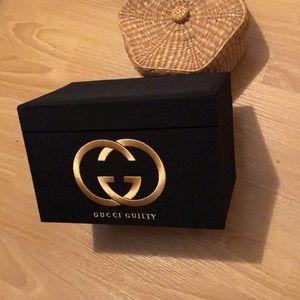 Gucci makeup box